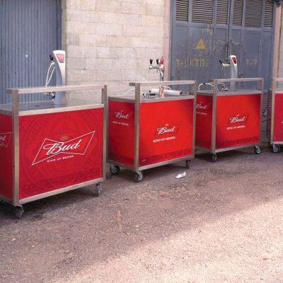 Оклейка торгового оборудования для пивоваренной компании