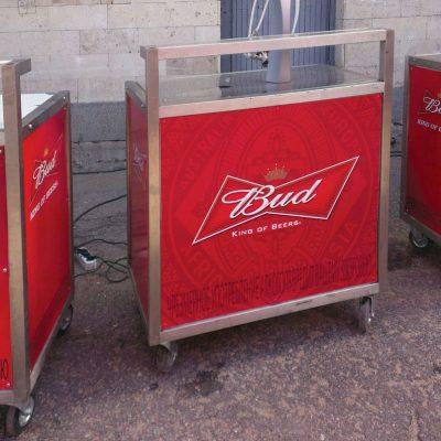 Брендирование оборудования для пивной компании