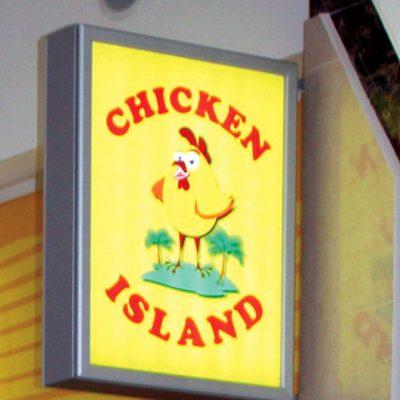 """Дизайн и изготовление световой вывески для кафе """"Chicken Island"""""""